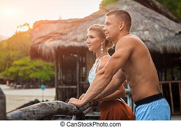romantische , junges, auf, tropischer strand