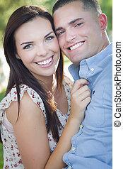 romantyczna para, park, prąd, mieszany, portret