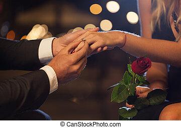 romantyk, propozycja, w mieście