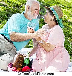 romatic, senior, picknicken