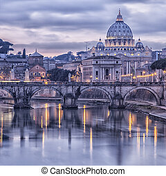 Rome and the river tiber at dusk - Image of Rome from the...