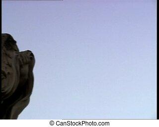 ROME CASTELSANTANGELO angel appear