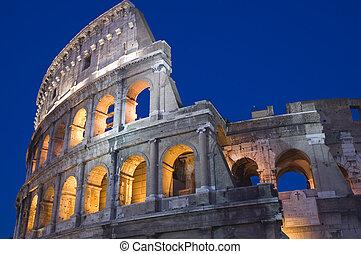Rome Coliseum close up - Italy Older amphitheater - Coliseum...