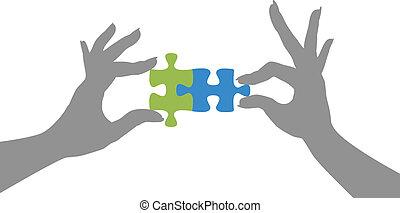 rompecabezas, manos, solución, juntos, pedazos