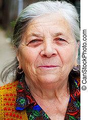rondborstig, glimlachen, van, een, vrolijke , oude vrouw