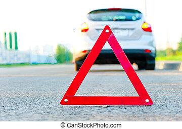 rood, gevarendriehoek, en, een, auto, met, de, noodgeval,...