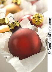 rood, kerstmis bal, in doos