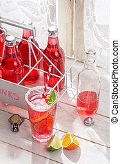 rood, zomer, drank, in, fles, met, munt, blad