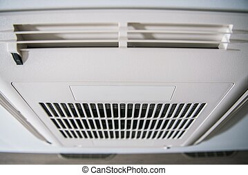 Roof Mount RV Air Condition