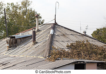 roof of the old house