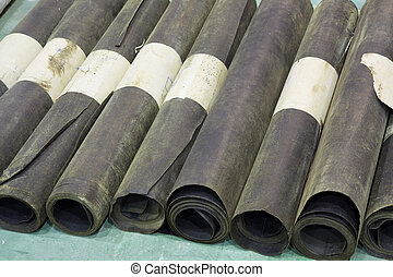 Roofing material - Rolls of a roofing material - glassine...