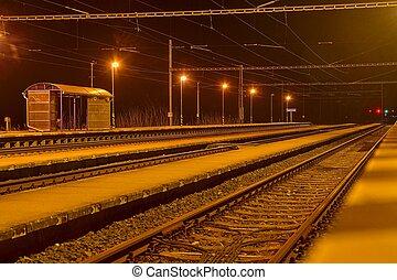 roofless, checo, estación de tren, república, noche, pequeño