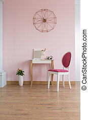 Room with dressing table