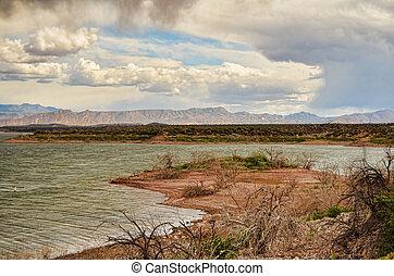 roosevelt 湖, 嵐