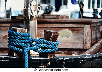 Rope on boat from 1894