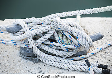 Ropes on cleat