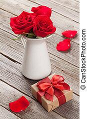 rosÈ, Blomstrar, kastare, röd