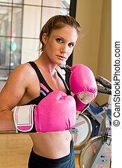 rosa, 2, niña, guantes de boxeo