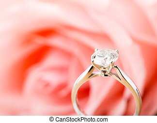 rosa, anillo, diamante