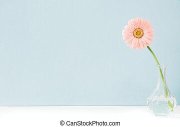 rosa blommar, in, vas, på, bord, på, blå, bakgrund., utrymme, för, text