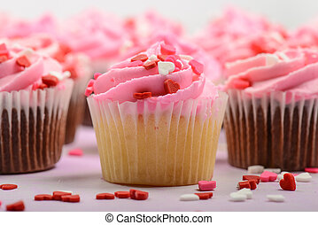 rosa, cumpleaños, cupcakes