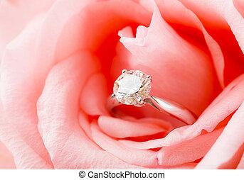 rosa, diamante, anidado, rosa, dentro, anillo