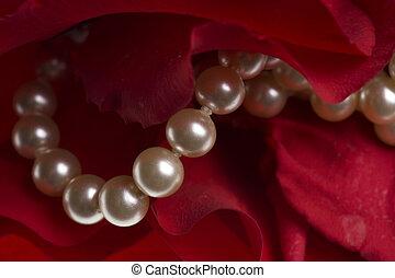 rosa, fondo rojo, perlas