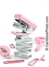 rosa, grapadora, accesorios, oficina