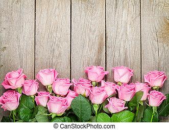 rosa, hölzern, aus, valentines, rosen, hintergrund, tisch, tag