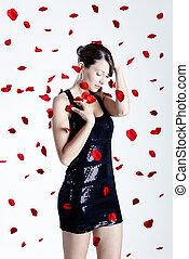 rosa kronblad, kvinna