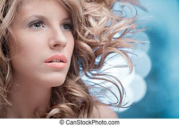 rosa, labios, rizado, rubio, viento