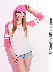 rosa, mujer, headwear, eyewear, contra, joven, juguetón, girl., hipster, plano de fondo, posar, blanco
