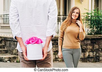 rosa, offerta, rose, uomo, giovane, scatola, bello, fiore, donna