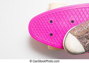 rosa, skateboard, ragazze, su, scarpa, chiudere
