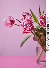 rosa, tulipanes, plano de fondo, florero de vidrio