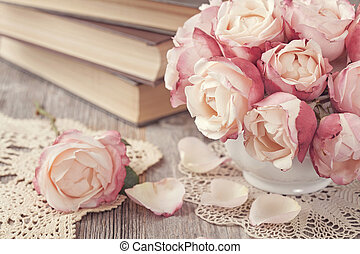 rosas rosa, libros, viejo