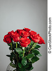 rose bouquet on gray background
