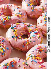 Fait maison, doux, beignets. Poudre, doux, beignets, fait maison, table bois, sucre. | CanStock