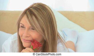 rose, femme, mûrir, tenue