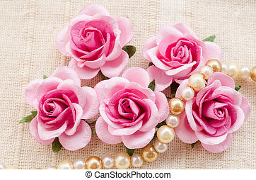 rose kwam op, pearls.