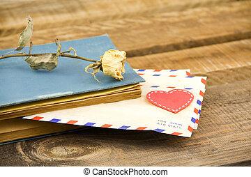 rose, lettres, jaune