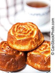 Rose shape cupcakes