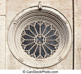 Rose window of Trento cathedral - Gothic rose window of...