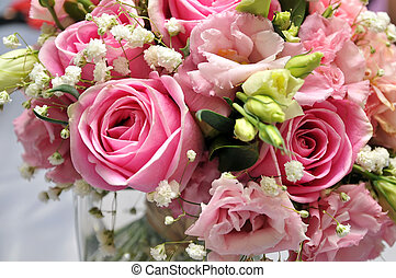 Roses in a bouquet of flowers