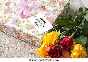 """roses, présent, et, a, """"happy, mère, day"""", carte"""