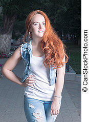 rosso-dai capelli, fuori, giovani donne