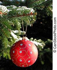 rosso, palla natale, su, albero abete