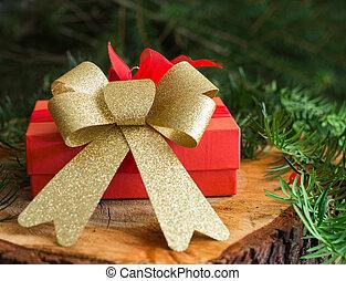 rosso, regalo natale, su, legno, e, albero, fondo