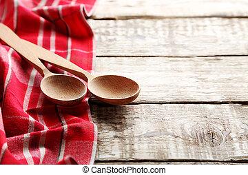 rosso, tovagliolo, e, cucchiaio, su, uno, grigio, tavola legno