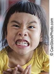 rosto engraçado, crianças asian, sorriso